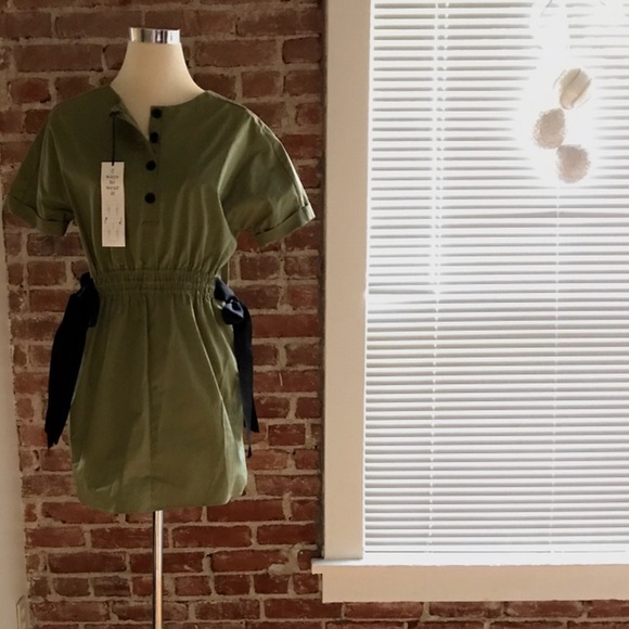 9706987a Khaki green short dress. NWT. Zara. $20 $45. Size. S